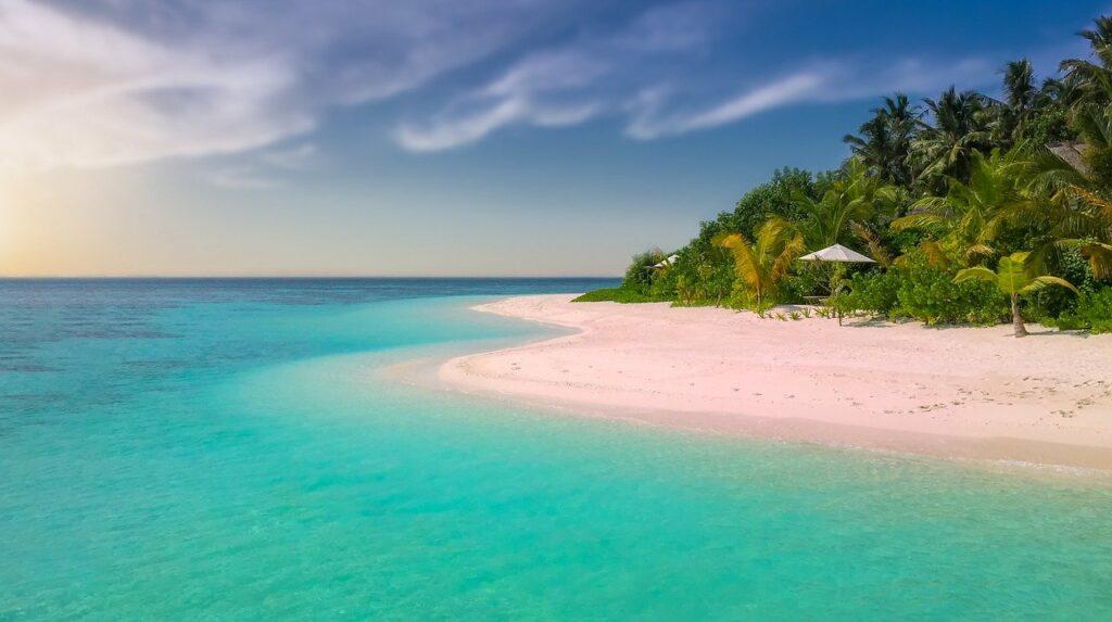 plage sable blanc